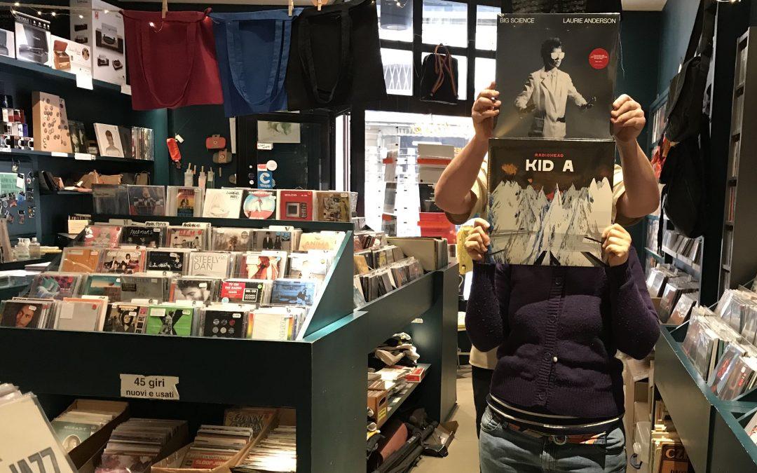 Negozio aperto anche la domenica pomeriggio e 24/7 su Discogs